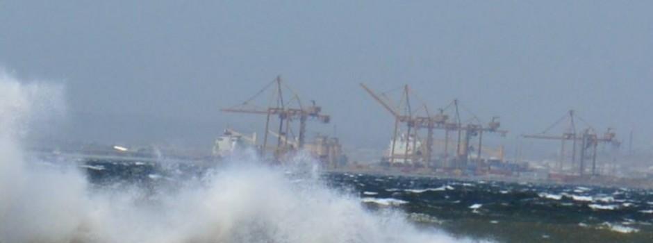 Σφοδροί άνεμοι στην Θεσσαλονίκη